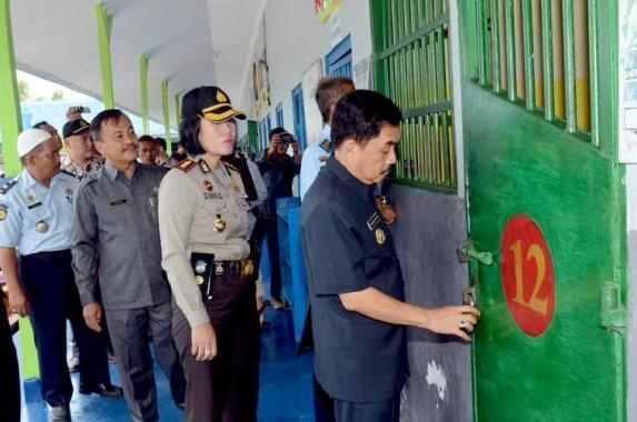 Banyak Petugas Pelayanan Cantik di Samsat Ladies Bandar Lampung