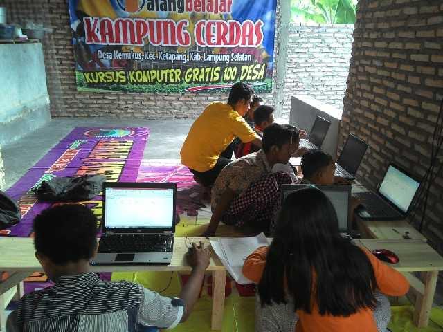 Pendiri Motor Pustaka Lampung Selatan Dirikan Galang Belajar Kampung Cerdas
