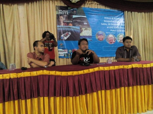 "Dandhy Dwi Laksono Diskusi Film ""Kasepuhan Cipta Gelar"" di STAIN Metro Lampung"