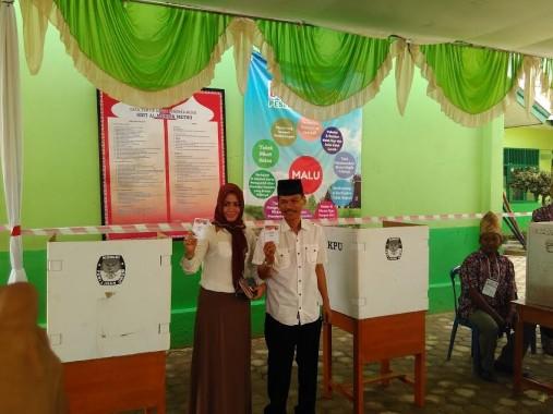 Calon Wali Kota Metro Nomor 5 Ovan Yakin Menang di TPS 5 RW 5