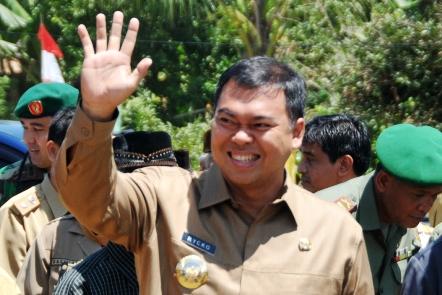 Zainudin Hasan Unggul Quick Count Pilkada Lampung Selatan, Rycko Legawa