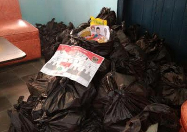 Barang bukti sembako di Kantor Panwaslu Lamteng | Raeza/jejamo.com
