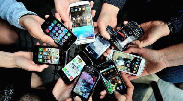 Tips Membeli Smartphone Terbaik Online pada  Harbolnas 2015