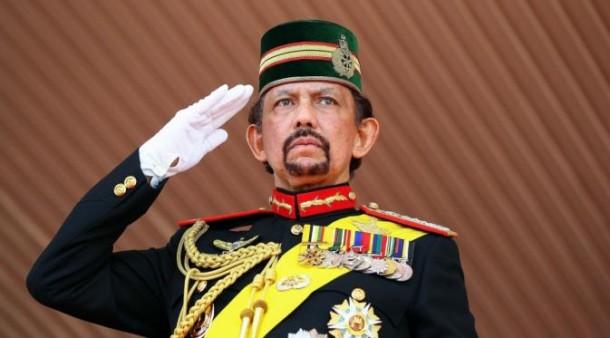 Sultan Brunei Kian Serius Larang Natal di Negaranya