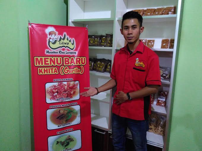 Resto Cikwo Bandar Lampung hadirkan menu baru berbahan dasar gurita. | Sigit/Jejamo.com