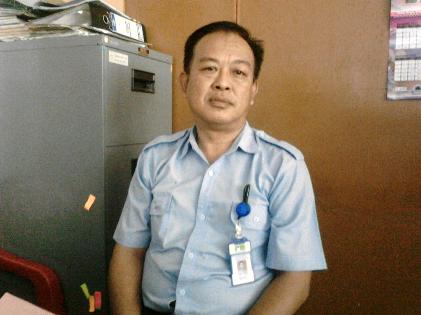 Kabag Humas dan Hukum PDAM Way Rilau, Roji Amri. | Sugiono/Jejamo.com