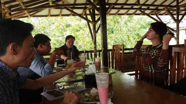 Konferensi pers pasangan calon wali kota dan wakil wali kota Bandar Lampung nomor urut, M Yunus- Ahmad Muslimin, Rabu, 30/12/2015. | Desi/Jejamo.com