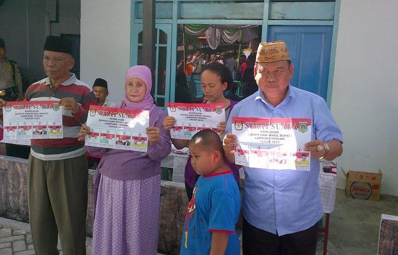 Jelang Pilkada Lampung Tengah, Mudianto Tak Henti-hentinya Menangis