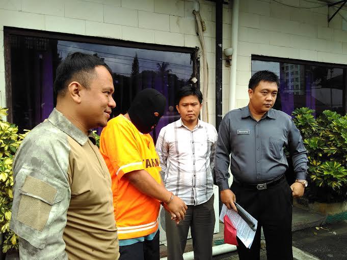 Anto ditangkap TEKAB 308 Polresta Bandar Lampung atas kasus pencurian dengan kekerasan. | Andi/Jejamo.com