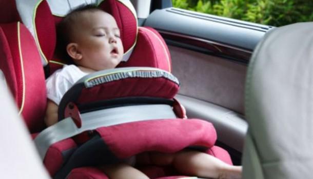 Bayi Tewas di Mobil