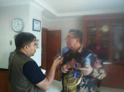 Direktur Utama Bank Lampung Mangkoe Sasmito (kanan). | Dok Jejamo.com