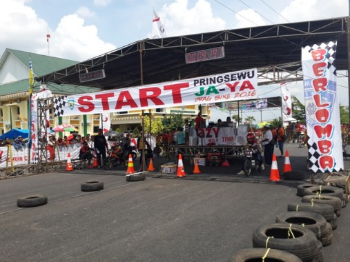 Drag Bike Competition