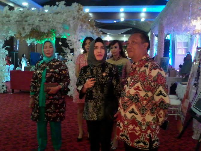 Choiriah Pandarita (batik hijau), Kepala Dinas Pariwisata dan Ekonomi Kreatif Provinsi Lampung | Sigit/jejamo.com