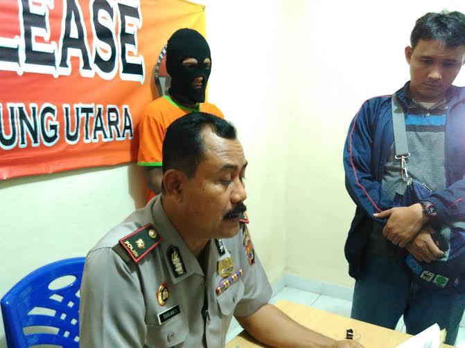 Wanita Naik Motor Menenteng Tas Sasaran Jambret di Bandar Lampung
