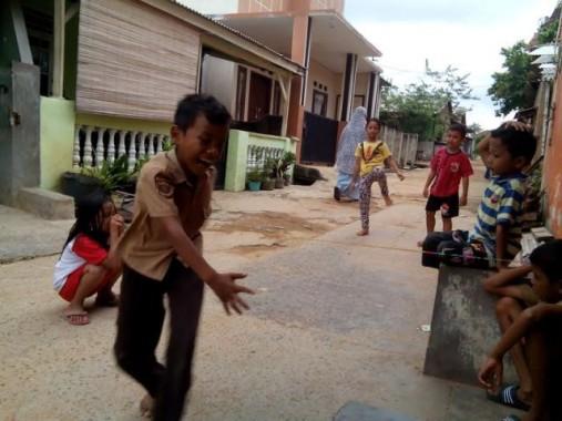 Asyiknya Anak-Anak di Hajimena Lampung Selatan Ini Main Lompat Tali