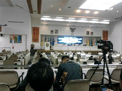 Paripurna DPRD Lampung soal laporan Panja terhadap Bank Lampung, Jumat, 22/1/2016. | Sugiono/Jejamo.com