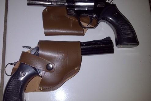Anggota Polisi Ini Tinggal Pistol di Toilet Goa Kreo Semarang