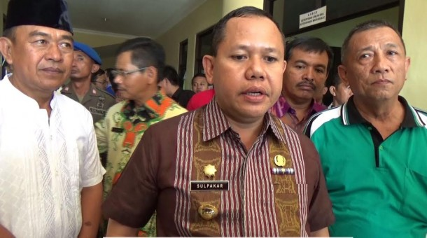 Calon Duta Lingkungan Hidup Lampung Utara Bersih-Bersih Jalan