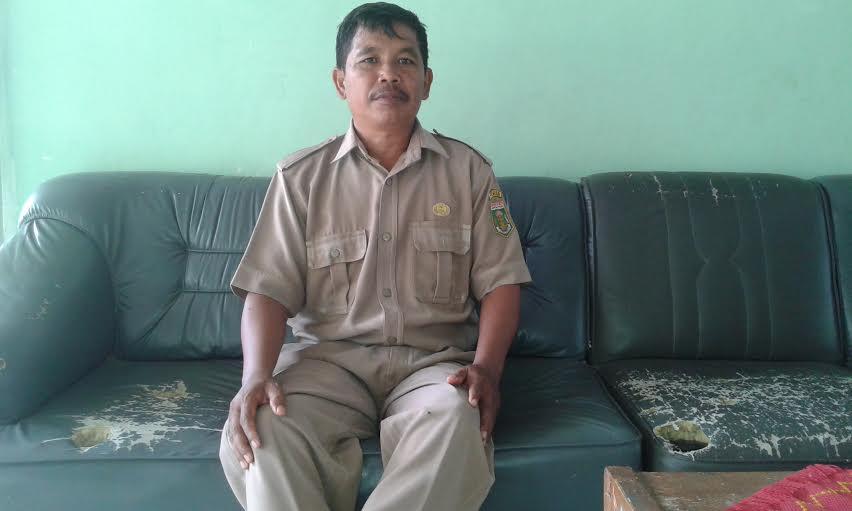 Wakil Bidang Kurikulum SMPN 6 Terbanggibesar, Turmijan. | Adrian Arlambang/Jejamo.com
