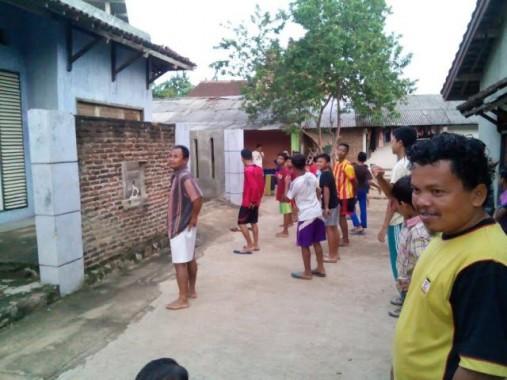 Warga Perumahan Puri Sejahtera Hajimena Lampung Selatan Senam Bersama