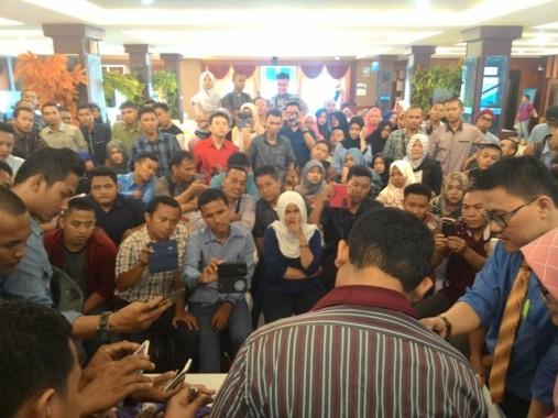 Cari Bibit Seniman, Wakil Bupati Tulangbawang Barat Fauzi Hasan Kunjungi Banyak SMA