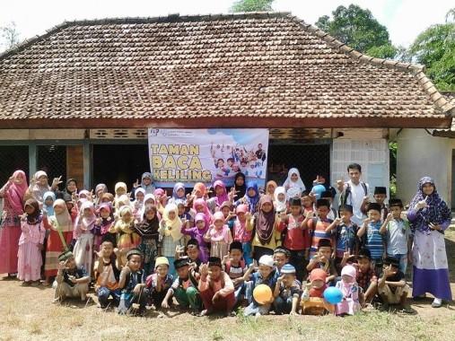 FLP dan DPU Buka Taman Baca Keliling di Lampung Timur