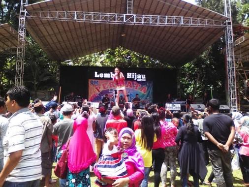 Libur Tahun Baru Lembah Hijau Bandar Lampung Ramai Pengunjung