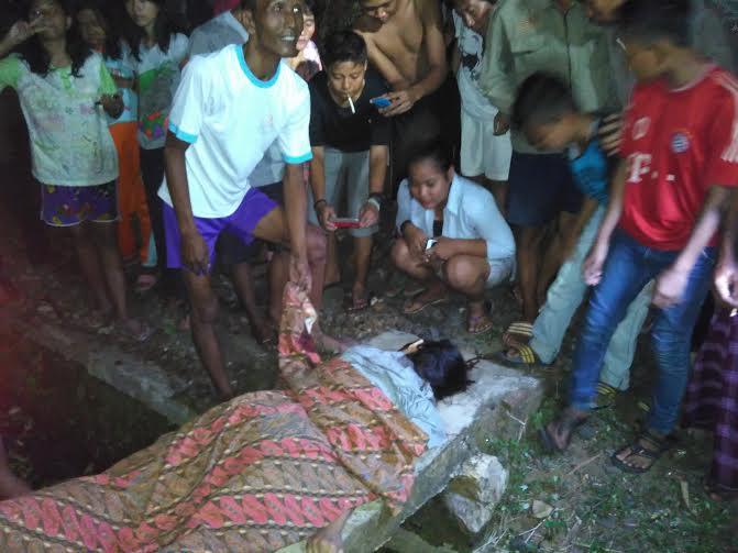 Mayat wanita tertabrak kereta jadi tontonan warga | Arif/jejamo.com
