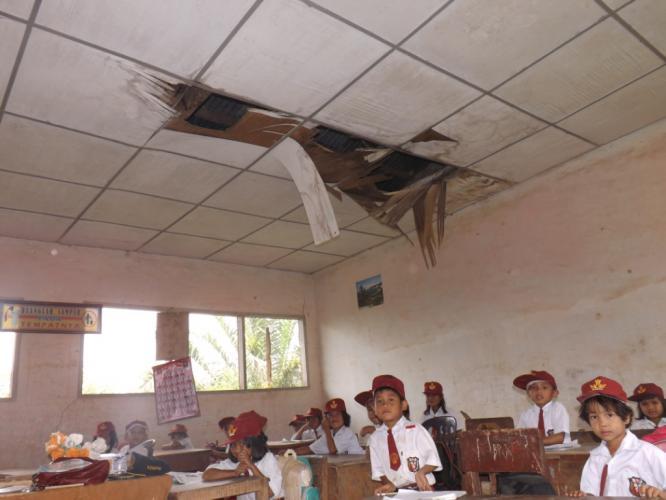 Sekolah rusak (Ilustrasi). | Ist.