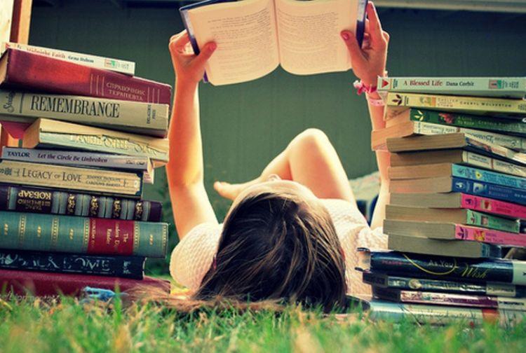 Yuk, Rajin Baca Novel Agar Otak Jadi Brilian