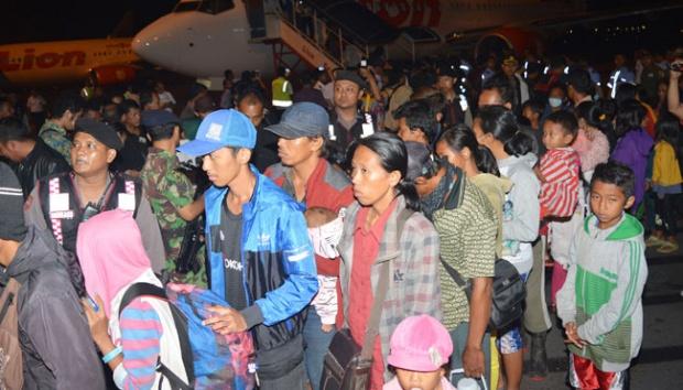 Ribuan eks Gafatar dipulangkan dari Mempawah, Kalimantan Barat. | tempo.co