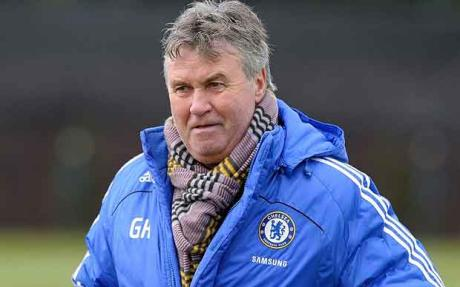 Manajer Interim Chelsea Guus Hiddink | ist
