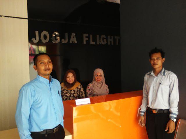 Kampus Jogja Flight hadir di Jalan Hayam Wuruk komplek ruko Kedamaian Asri Blok 1. Bandar Lampung, depan Swalayan Giant. | Robby/Jejamo.com