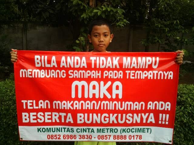 Salah satu banner karya Kocimet yang dipergunakan untuk model kaos Komunitas EtamBeberseh dari Kalimantan Timur. | Tyas Pambudi/Jejamo.com