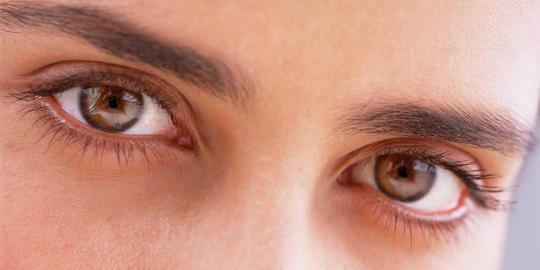 Hilangkan Kebiasaan ini Jika Ingin Mata Anda Sehat