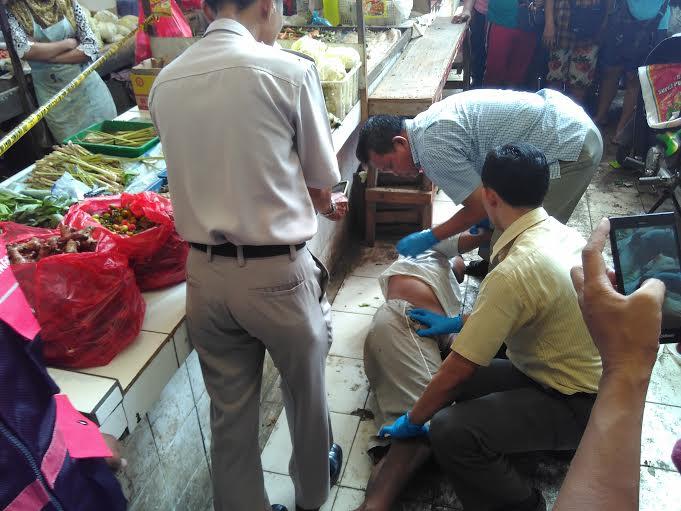 Satpol PP Metro Sisir Jalan Imam Bonjol Tertibkan PKL