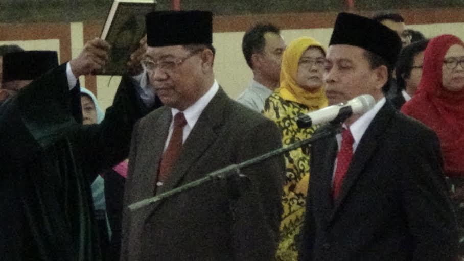 Hasriadi Mat Akin Lantik Wakil Rektor dan Dekan FKIP Unila