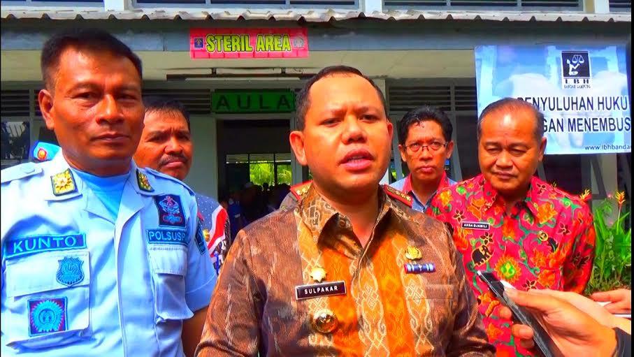 Pj. Wali Kota Bandar Lampung, Sulpakar saat menghadiri penyuluhan di Lapas 1 Bandar Lampung. | Sigit Sopandi/Jejamo.com