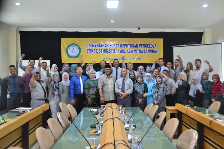 Andi Surya Kukuhkan Pengelola Perguruan Tinggi Mitra Lampung