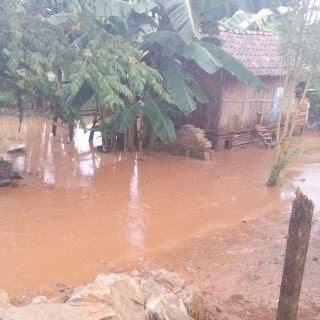 Ratusan rumah Desa Kenyayan, Lampung Selatan, dilanda banjir, Rabu, 3/2/2016. | Heri Fulistiawan/Jejamo.com