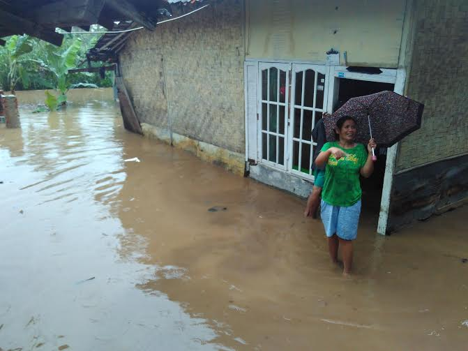 Rumah Warga di Sukabumi Bandar Lampung Terendam Banjir