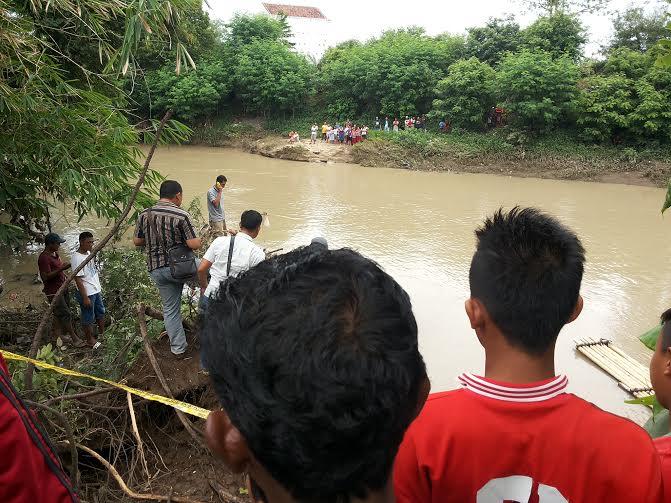 Pemkab Lampung Timur Beri Santunan Anak Yatim Piatu