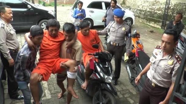 Tekab 308 Polsekta Tanjungkarang Barat Bandar Lampung Gulung Begal Motor