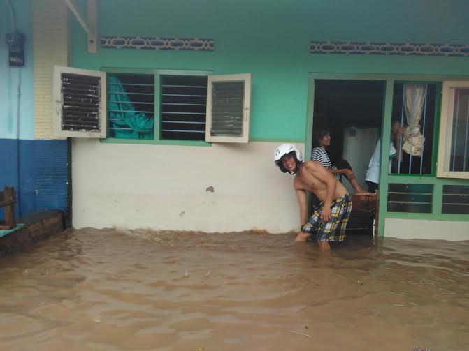 Breaking News: Puluhan Rumah di Jagabaya Bandar Lampung Kebanjiran