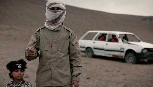 Inilah Isa Dare, Anggota ISIS Cilik yang Mengeksekusi 4 Tahanan ISIS