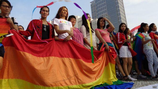 Gerakan LGBT di Indonesia, Merupakan yang Terbesar dan Tertua se-Asia
