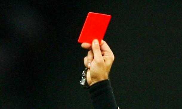 Dikartu Merah, Pemain Sepak Bola Argentina Tembak Mati Wasit