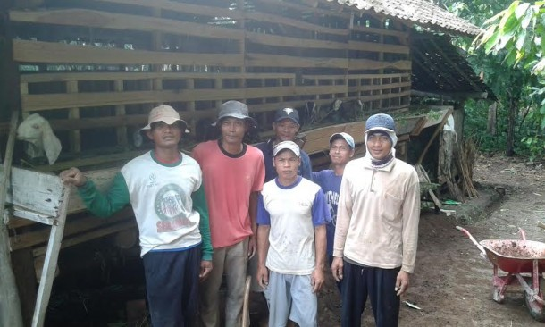 Kelompok Tani Guyub Rukun Tanggamus Terima Bantuan 37 Ekor Kambing