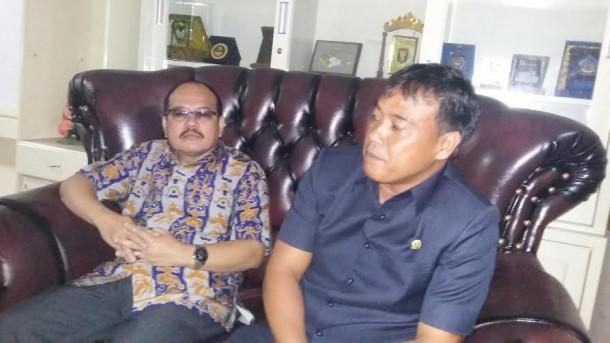 Wali Kota Metro A Pairin Serahkan Bantuan Mesin Pertanian