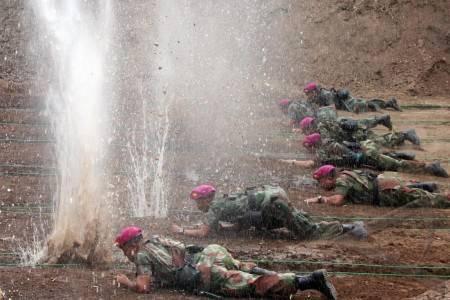 Latihan dopper TNI AL | ist